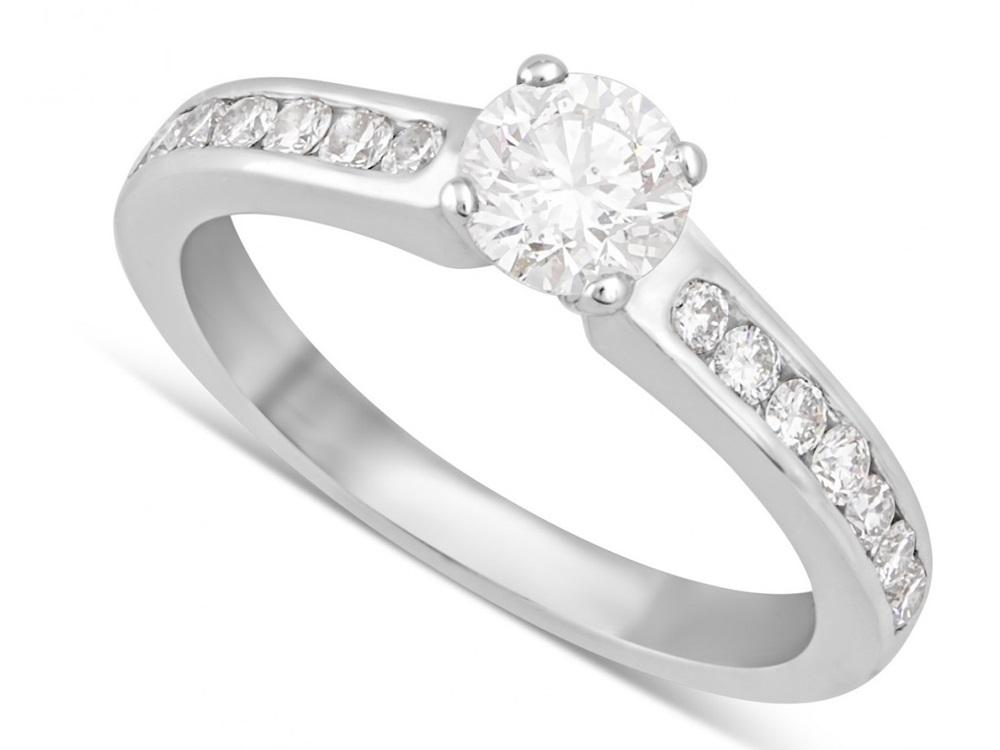 cincin emas putih terbaru