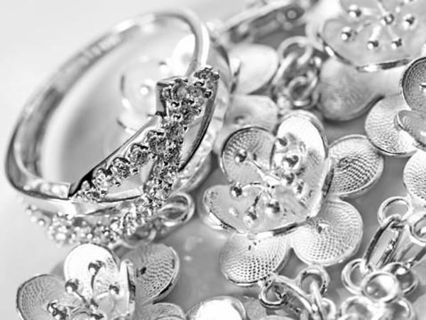 Perhiasan Perak Terbaru 2017
