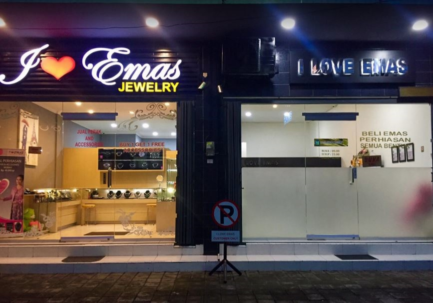 UD I Love Emas Denpasar
